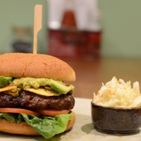 2_pops_texmex_burger