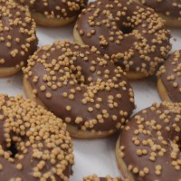 4_pops_donuts